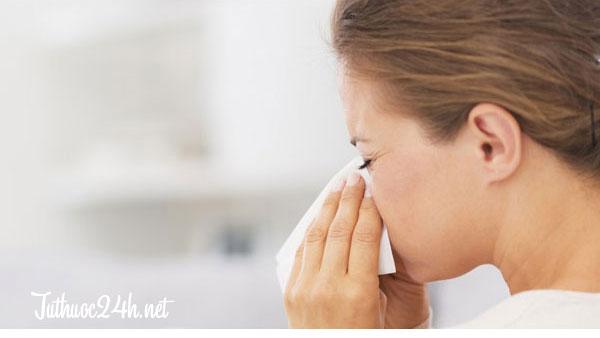 Triệu chứng, nguyên nhân và cách chữa viêm mũi dị ứng