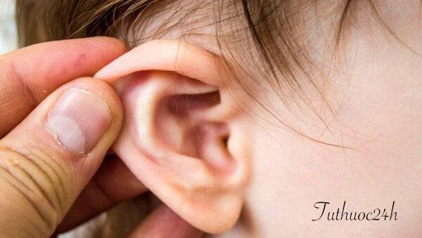 Căn bệnh viêm tai giữa và những điều bạn cần biết