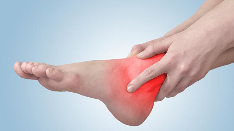 Bệnh đau khớp chân: nguyên nhân, triệu chứng và cách điều trị hiệu quả