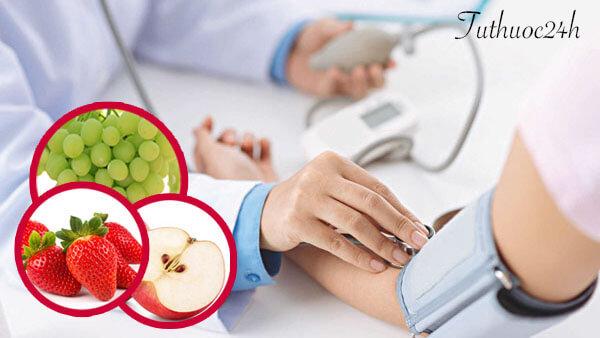 Người mắc huyết áp thấp nên ăn trái cây gì để giúp cải thiện bệnh