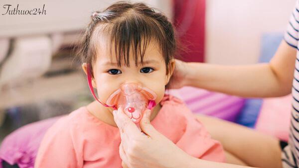 Viêm phổi trẻ em và những điều ba mẹ cần hết sức lưu ý