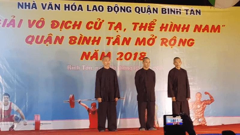 3 thầy tu ở tịnh thất Bồng Lai đoạt cả 3 giải vàng bạc đồng ở cuộc thi thể hình