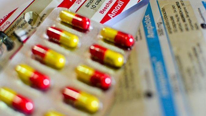 30 danh mục thuốc Bộ Y Tế bắt buộc các cơ sở y tế cần kê đơn và bán theo đơn thuốc
