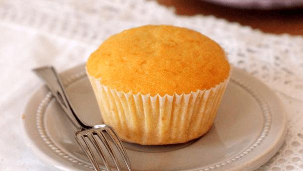 Cách làm bánh bông lan nhân phô mai ngon tuyệt cú mèo