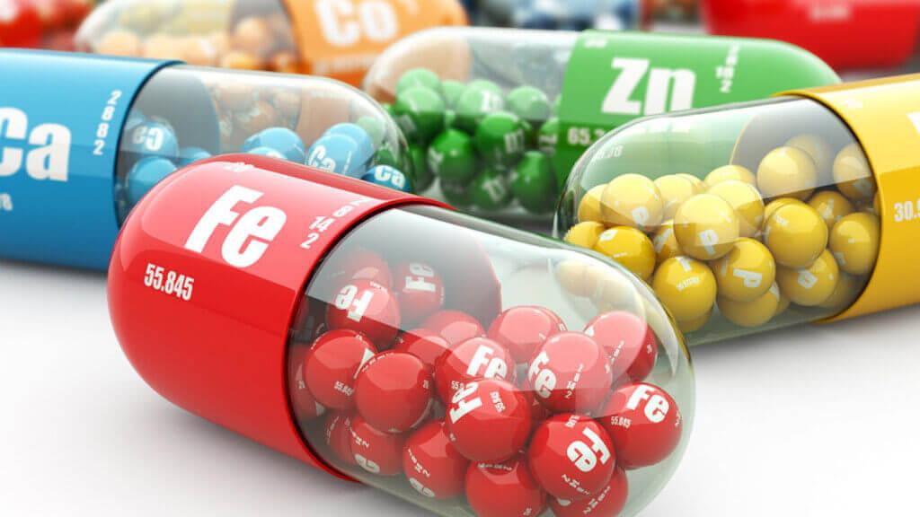 Vitamin tổng hợp và những lưu ý nên biết khi sử dụng