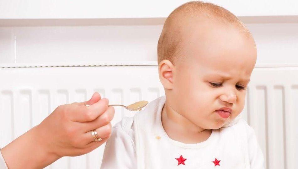 Nguyên nhân khiến trẻ biếng ăn bố mẹ cần biết