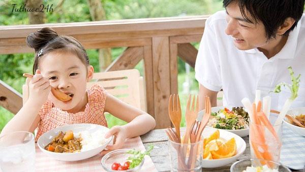 Bữa sáng đủ chất dinh dưỡng cho trẻ suy dinh dưỡng