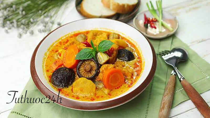 """Cà ri chay đơn giản - món ăn ngon miệng phù hợp mâm cỗ """"ngày rằm"""""""