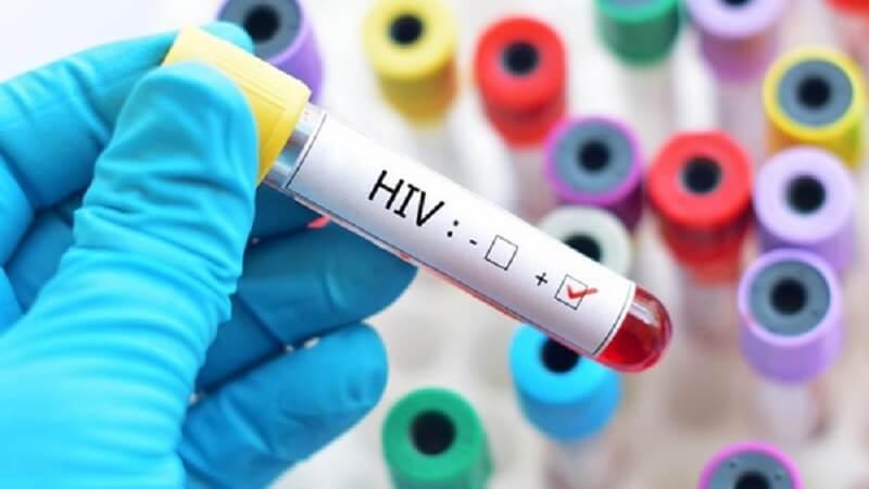 HIV ở ngoài môi trường thì sống được bao lâu xác suất lây nhiễm HIV qua bơm kim tiêm