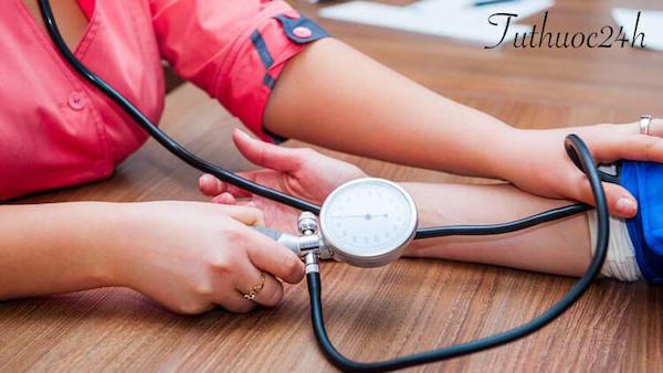 Người bệnh huyết áp thấp nên ăn gì và không nên ăn gì?