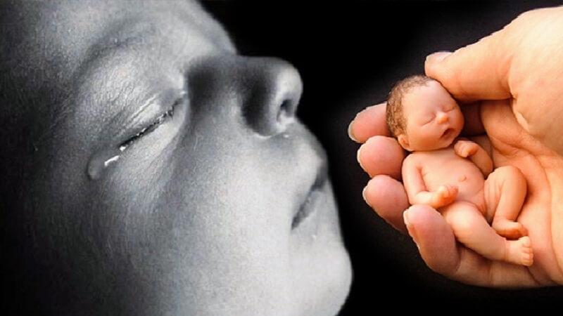 Luật cấm phá thai vừa ban hành bị người dân nước Mỹ phản đối kịch liệt