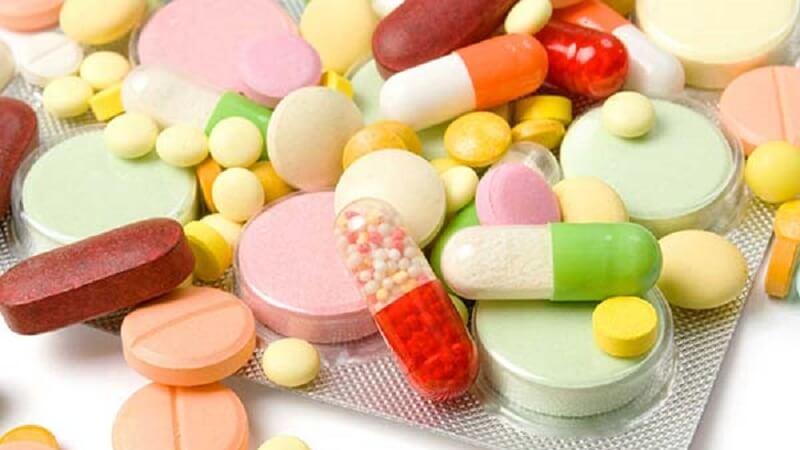 Lý giải giá thuốc bệnh viện đắt hơn giá thuốc bên ngoài
