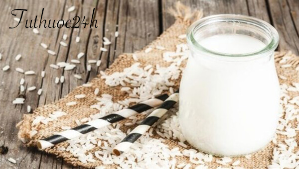Hiện tượng nước tiểu đục như nước vo gạo là bệnh gì?
