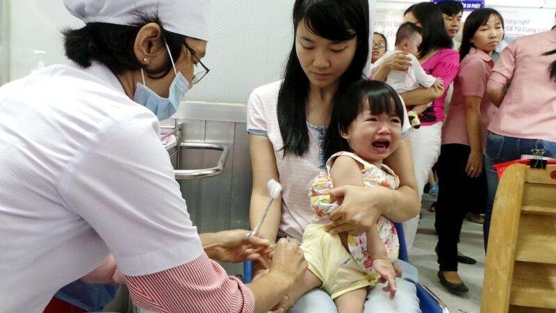 Tin mới nhất về vụ trẻ tử vong sau khi tiêm vắc xin 5 trong 1 ComBE Five