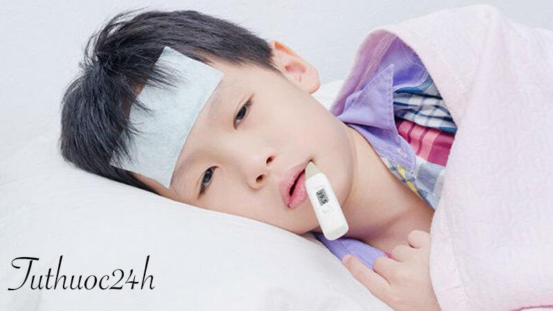 Những biểu hiện để nhận biết trẻ bị sốt xuất huyết?