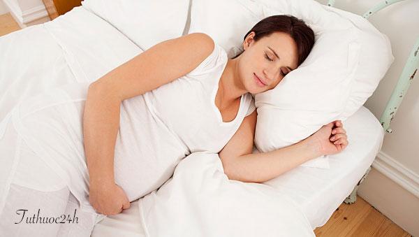 Những tư thế ngủ không gây hại cho thai nhi mà mẹ bầu cần biết