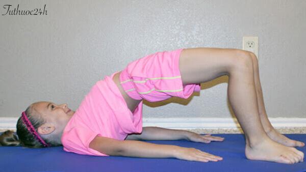 Những lợi ích và các tư thế Yoga cho trẻ mà các mẹ nên biết